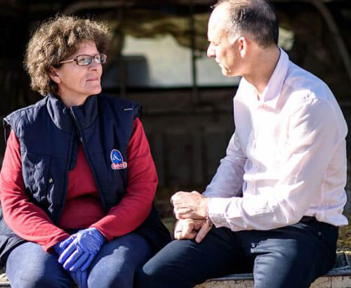 HYLLNINGEN TILL TYRAS OCH OLYMPUS FETA PRESENTERADES FÖR BBC image